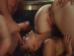 Retro threesome and retro anal with big tits girls