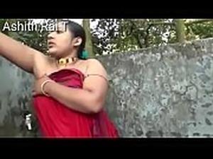 Bengal Aunty Bathing