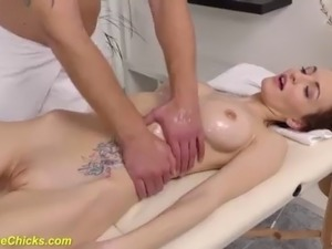in Home Massage Therapist fucked her extreme hard