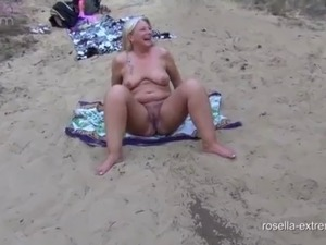 Sperm and piss bitch gets public on a bathing lake, the mouth stuffed! Dirty...