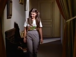 Charlotte mouille sa culotte 1981