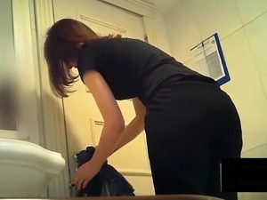 Teen Slut Public Bathroom Spy