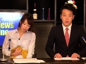 Provocative Japanese babes feeding their starving pussies