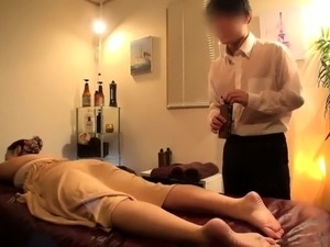 Big breasted Japanese wife sexually satisfied by a masseur