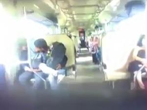 indonesian- ngintip jilbaber ciuman dan grepe dalam kereta