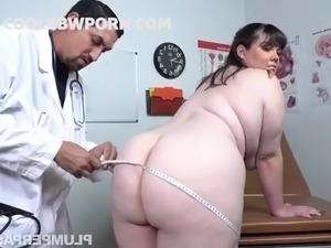 Doctor fucks anal