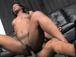 Black Girl Very Rough Mounted And Doggystyle Fucking