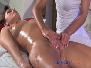 Massage Rooms Clit rub for her orgasm with masseuse free