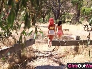 Girls Out West - Aussie lesbian babes outdoor rimjobs