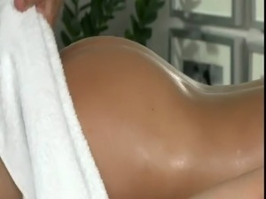 Great ass babe fucked by masseur on massage table free