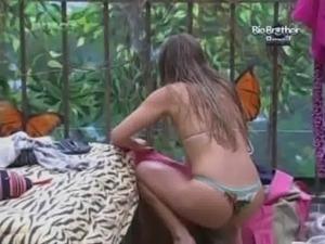 Big Brother Brasil 12 Renata 02 - BrasileirasTube.org free