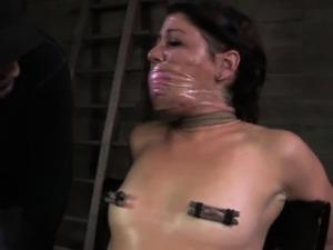 Bonded sub slut is getting nipple clamped