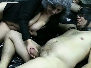 Dirty granny loves having kinky sex part3