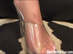 Let me give you a nice footjob free