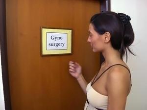 Roberta examined by gynecolgist
