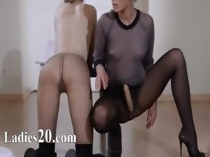 19yo princess gets fuck from strap on