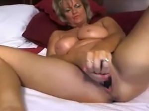 Hot milf role playing mommy fantasy