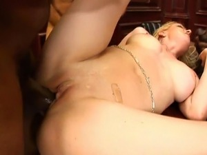 5 foot 8 blonde with jiggly bubble butt does anal and DP with 4 black guys in...