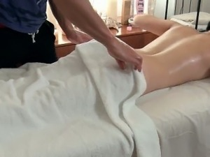 Erotic oil massage finally relaxes her tight asshole