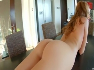 Masturbating babe dildofucks her asshole free