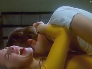 Kim Cattrall in hottest sex scene ever