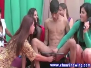 CFNM group voyeurs watch femdom tug her subject free