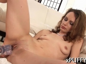 Sucking fake penis makes beauty horny for hard drilling