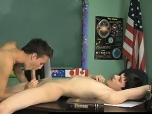 Gay sex Damien Telrue and Dustin Revees are highly bored in