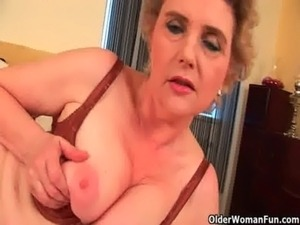 Granny with big tits and hairy pussy fucks a dildo free