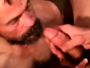 Homeless dude rubbing cum on his face