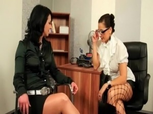 Dyke mistress punishes WAM slave free
