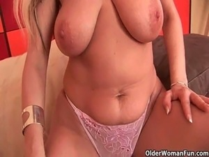 Soccer mom needs a masturbation break free