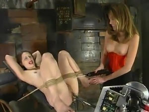 Thin Lena Ramon has constrained And Toyed By Audrey Leigh