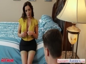 Hot mom Francesca Le ride anally a fat dick free