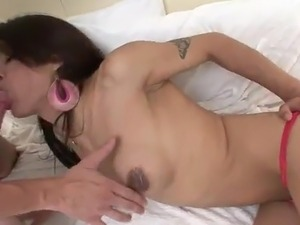 Smoking Sleaze transsexual has inside An deepthroat fucking beside the...