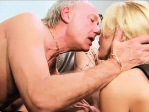 Two kinky blondes share a throbbing dick
