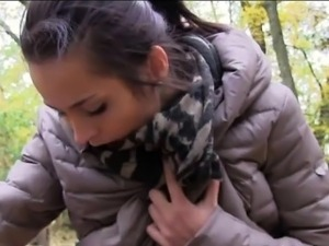 Amateur Eurobabe banged by pervert dude for some cash