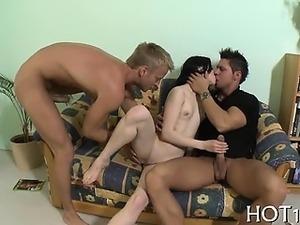 Teen hottie sucks big dick before getting it in love tunnel