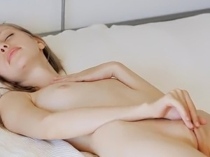 Gloria toys nearby Her Pink Pussy inside Close-up episodes