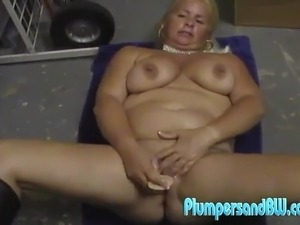 Heavy Blonde Milf Taylor Foxe Kneads Her boobs And playthings Her Massive Vag