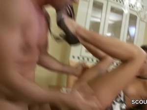 stepdad Seduce Hot 18yr old Stepdaughter Fuck When Mom Away