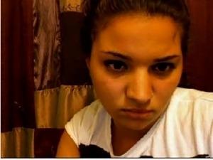 a girl from arabia masturbate secretly on cam