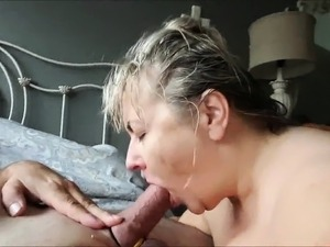 BBW MILF with a huge pair of tits Giving head