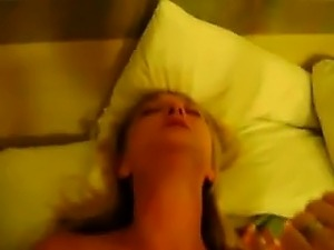 Why college boys like mature moms Shawanna from 1fuckdatecom