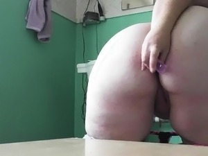 BBW plays with new anal plug