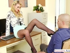 Leggy secretary Keira Nicole seduces bald headed dude and gets fucked on his...