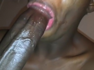 MOUTHFUL OF DICK EATIN