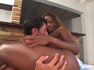 athletic ebony with big clit