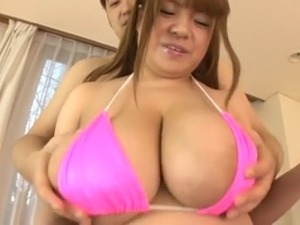 Super asian BBW tittyfucking