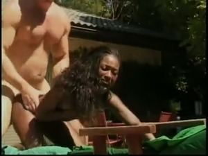 Chick begs dude to cum cuz she feels incredible pain getting her anus bonked